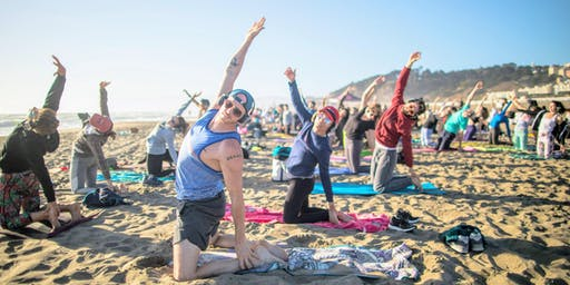 Saturday Groove : Beach Yoga with Peter Walters!