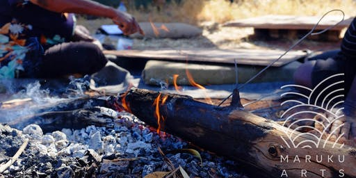Maruku Arts: Punu Burning Designs to Create Decorative Music Sticks