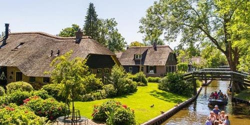 Giethoorn: Roundtrip from Amsterdam + Free Canal Cruise