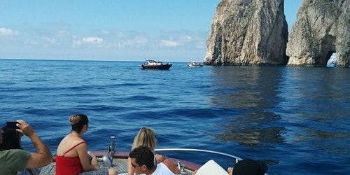 Blue Grotto: Admission + Boat Transfer