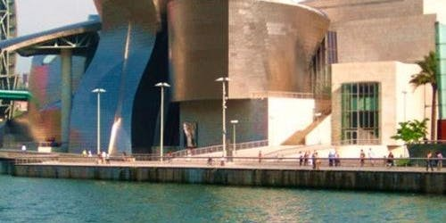 Guggenheim Museum Bilbao: Skip The Line & Guided Tour