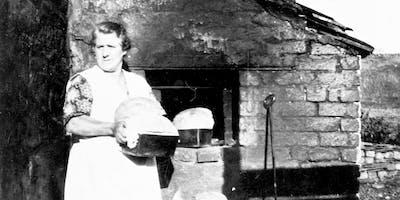 Cwrs Pobi Bara Traddodiadol | Traditional Bread Making Course