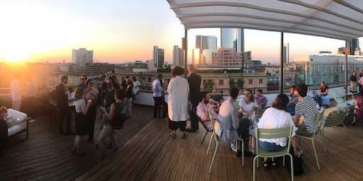 Degustazione di vini sul rooftop vista Porta Nuova