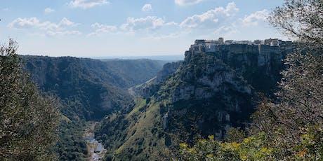 Tour con degustazione di Castellaneta - la città di Rodolfo Valentino biglietti