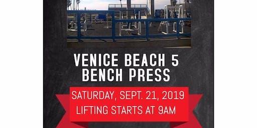 Venice Muscle Beach Benchpress 5