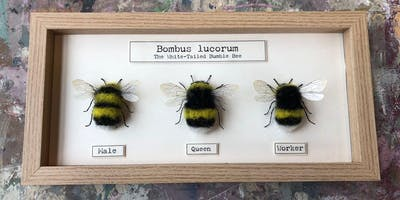 NEEDLE FELTED FAMILY OF BEES
