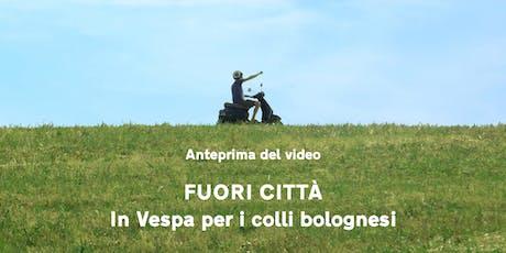 """Anteprima del video """"Fuori città - In Vespa per i  biglietti"""
