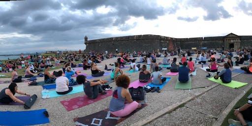 Yoga y Luna Llena en El Morro