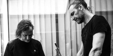 SANDRO + SANDER - Rhythmen und Sounds - Schlagzeug-Performance Tickets