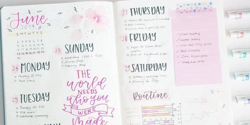 Workshop: Weekly layouts by Zoey Chua