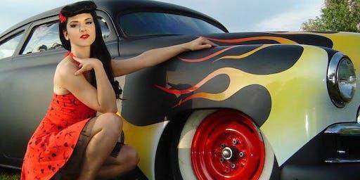 Vintage Cars & Vixens