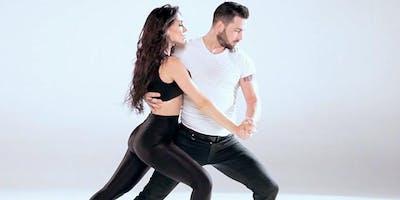 Co-Ed Salsa Dance Class (Chicago)