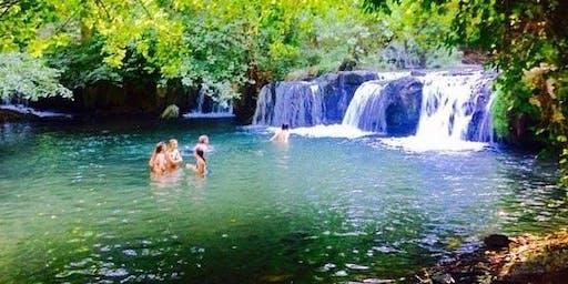 Coccole di Handpan pic nic e bagno alle cascate di Montegelato