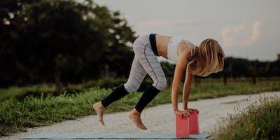 Feel Good Friday flow yoga & healthy snacks