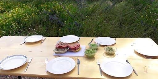Atelier de cuisine immersive au Champ du Chaudron: cuisiner les plantes sauvages