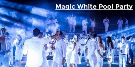 MAGIC WHITE Pool Aperitif by Redbull at Harbour Club biglietti