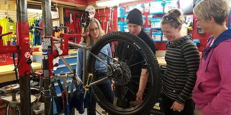 Women's mountain biking maintenance clinic + social ride tickets