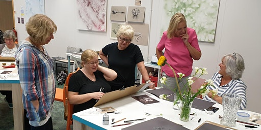 Learn to draw and paint in Bolton : Beginners' Art classes