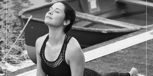 Beach Yoga - The Vinyasa Flow Experience