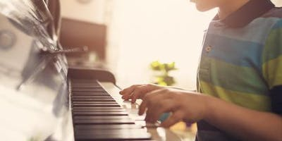 Beginners Piano Lessons & Classes for Kids