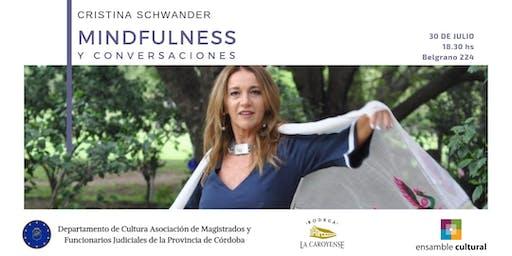 Cris Schwander en Asociación de Magistrados