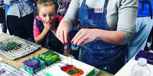 Children's Liquid Glass; Pouring Medium Workshop at the Tett