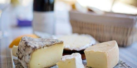 Degustação de queijos com antepasto, geleia e pão artesanal ingressos