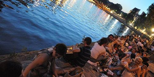 The Art Of The Picnic: Expats Paris Evening By The Seine!
