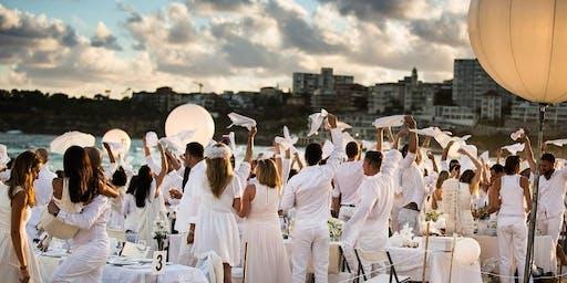 Aspria Harbour Club Milano - Giovedi 18 Luglio 2019 - Magic White Aperitif Summer Pool Party By Redbull - Accrediti e Tavoli al 338-7338905