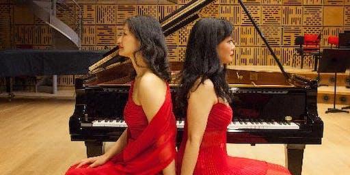 Danse et rythme! (Piano quatre mains) Mari Kodama et Momoyo Kodama, pianistes