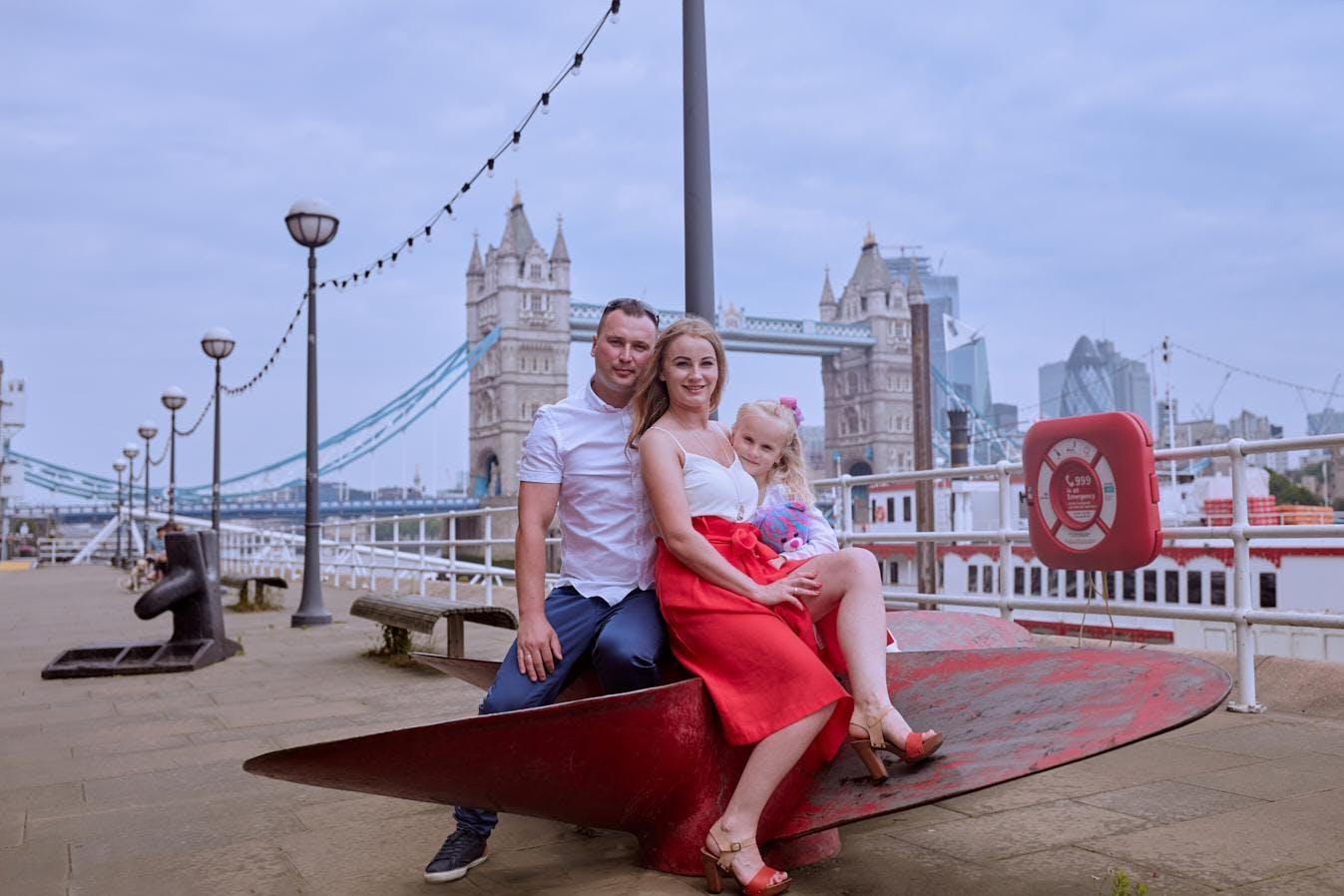 Professional Photo Session at London Tower Bridge