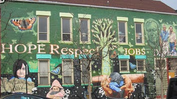 Pilsen Street & Public Art Tour