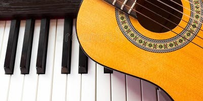 Group Piano/Guitar/Ukulele Classes