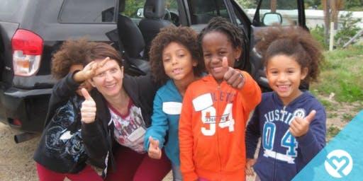 Volunteer with Project Helping to Show Kindness to At-Risk Families and Communities in Need at Denver Dream Center
