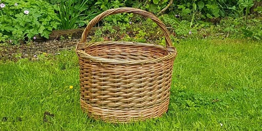 Weave a round willow basket