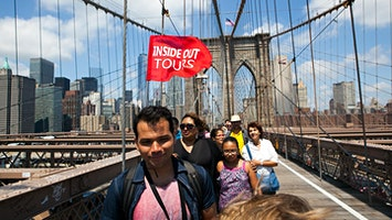 Brooklyn Bridge and DUMBO Neighborhood Tour