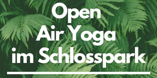Open Air Yoga im Schlosspark Berlin-Pankow auf Spendenbasis