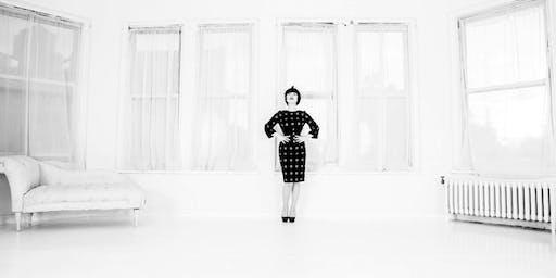 The Art of La Femme Coquette