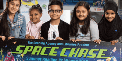 Cruddas Park Library - Summer Reading Challenge – Space Chase - Read and Make