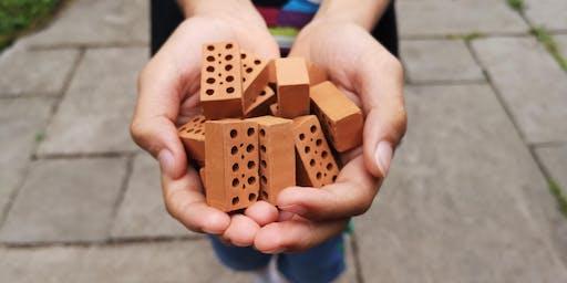 Creative construction: Junior Brick Lab (8-12 yrs)