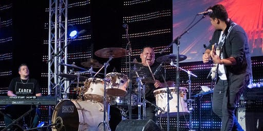 Álvaro López & ResQ Band en Denver, CO