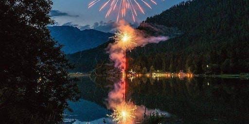 Sunset Hike mit Feuerwerk