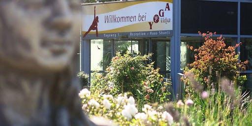 Tag der offenen Tür bei Yoga Vidya Bad Meinberg