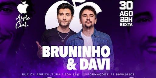 Bruninho e Davi + Samba Livre Ao vivo na Apple Club