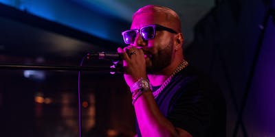Alex Sensation LIVE alongside Jammin' Johnny