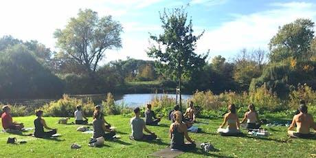 Summer Sundays Park Yoga - Beatrixpark billets