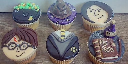 Cupcake Decorating for Potter Fans