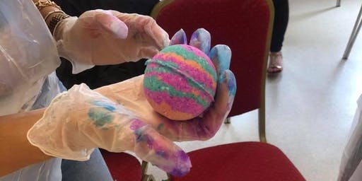 Adults Bath Bomb workshop Gloucester
