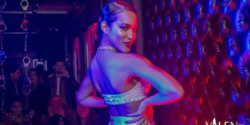 Sensual Hip Show | Valen Bar