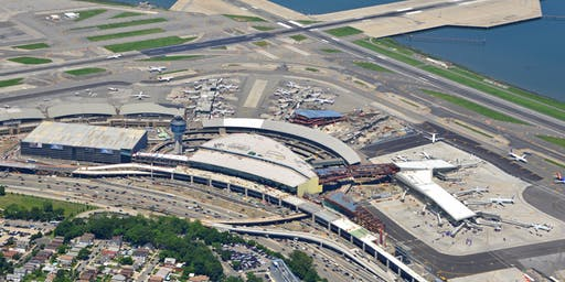 Port Authority - LaGuardia Airport - Day in the Role